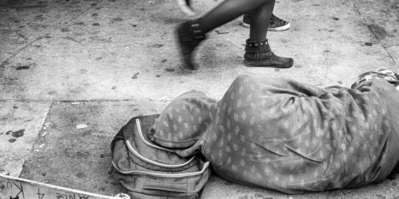 sdf, montreal, rue Saint-Laurent, pauvreté